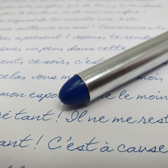 Roller de tinta líquida Compact Color azul marino